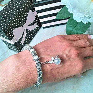 Jewelry - Stretch Beads Bracelet French Lady on Pearl Charm